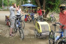 Fietstoer van een halve dag,aangepast voor kinderen, ten zuiden van Chiang Mai Thailand foto