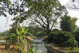 Fietstoer van een halve dag ten oosten van Chiang Mai Thailand foto