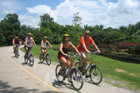 Half day bicycle tour south of Chiang Mai Thailand image