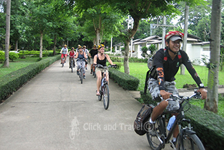 Half day bicycle tour with children south of Chiang Mai Thailand image