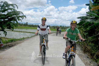 2-day bicycle tour south of Chiang Mai Thailand image
